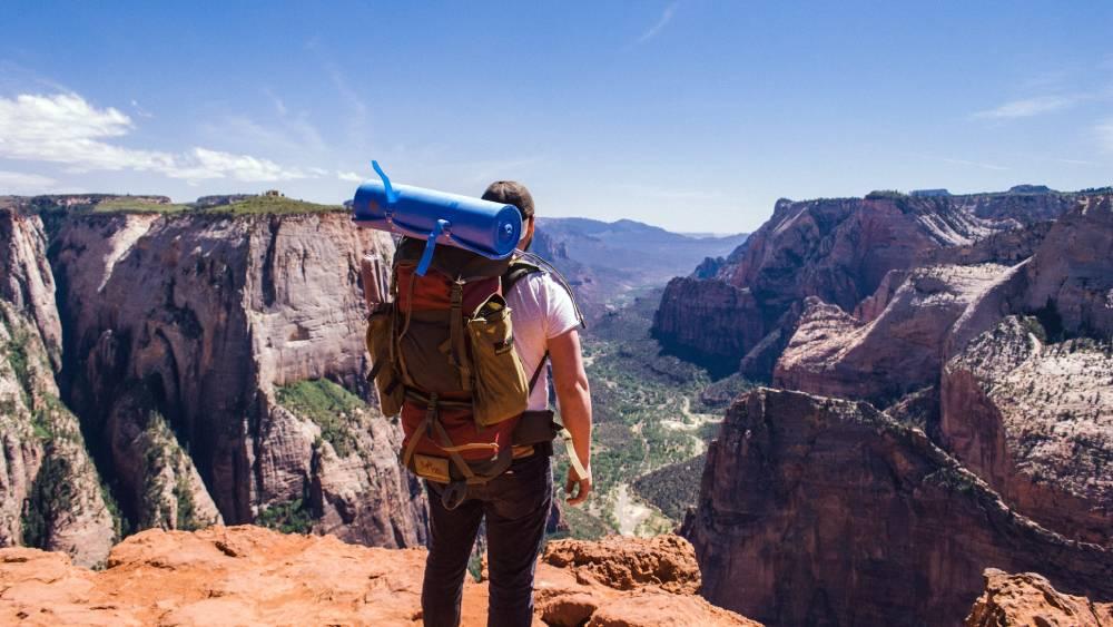 top-10-backpacking-backpacks-2021